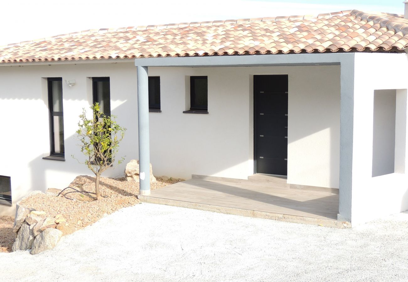 Villa à Sainte-Lucie de Porto-Vecchio - Casa Torra